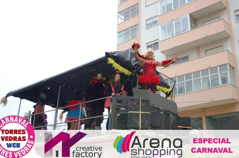 Carnaval de Torres Vedras: mais uma enchente de foliões para assistir ao Corso desta Terça-Feira