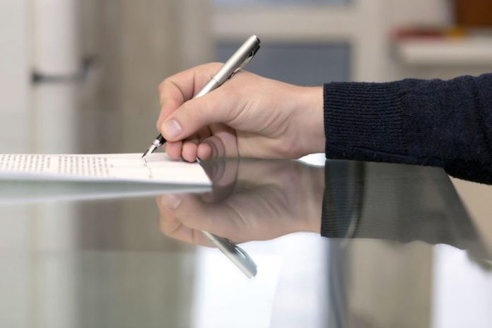 Comissão de notários alerta que bastonário só pode praticar atos de mera gestão