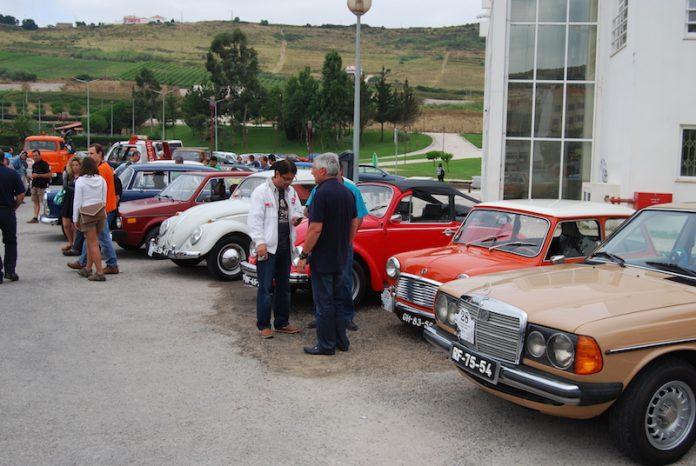 8.º Encontro de Automóveis de Época em Torres Vedras