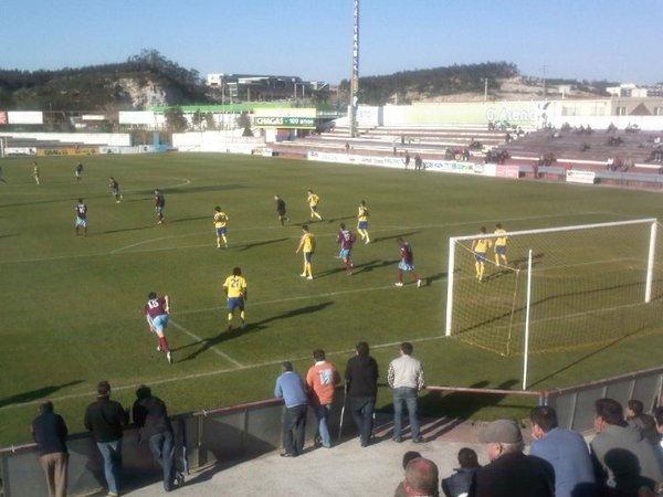 Câmara de Torres Vedras admite retirar estádio se Torreense recusar formar jovens locais