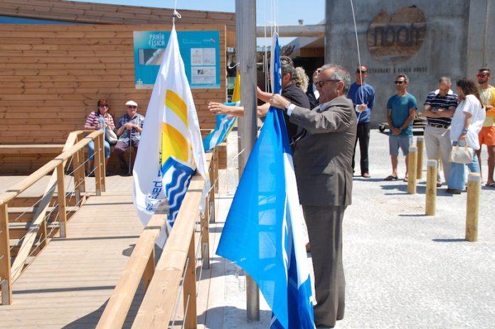 Galardões balneares foram hasteados na costa do concelho de Torres Vedras