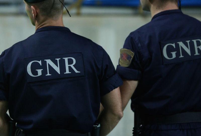 Proprietários de sucateira da região Oeste suspeitos de envolvimento em furtos qualificados