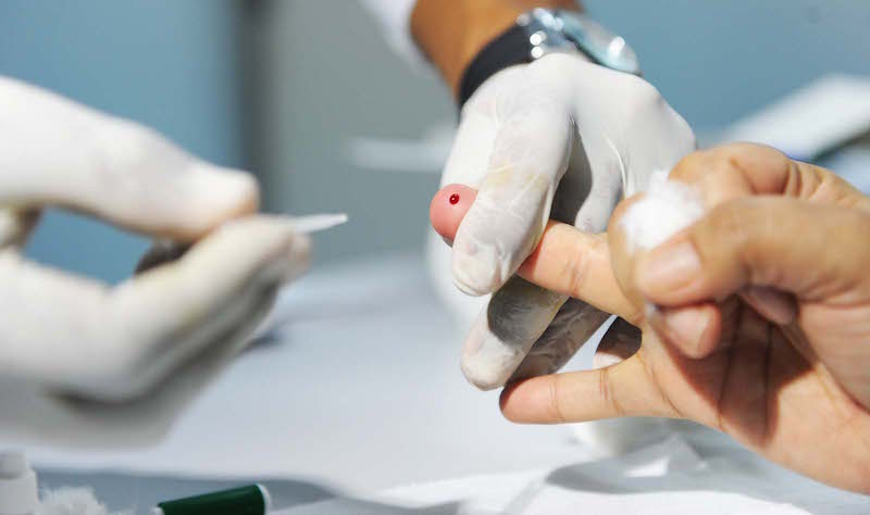 PS acusa Centro Hospitalar do Oeste de não tratar doentes com hepatite C, administração nega