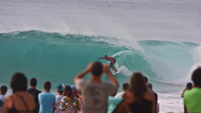 Vasco Ribeiro estreia-se no circuito mundial de surf com 'wild-card' para Peniche