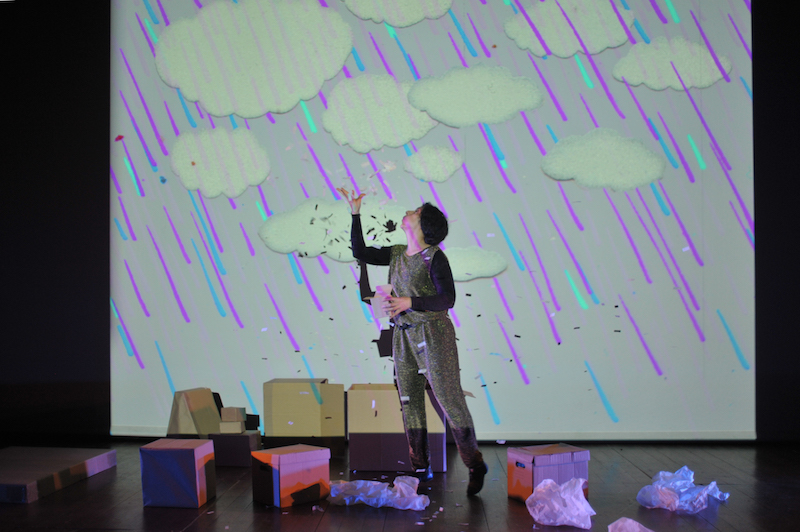 """Luz de Papel"" Teatro para a Infância no Teatro-Cine de Torres Vedras"