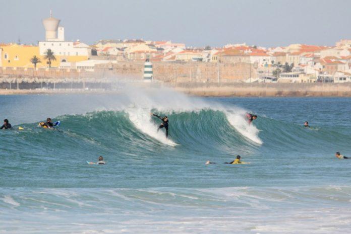 Peniche prepara investimentos de mais de 5ME ligados ao surf
