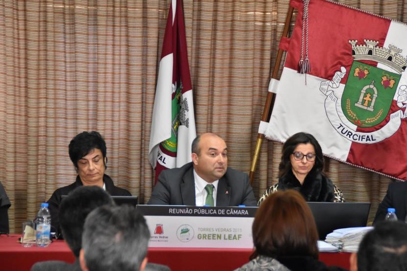 Reunião Pública de Câmara realizou-se no Turcifal