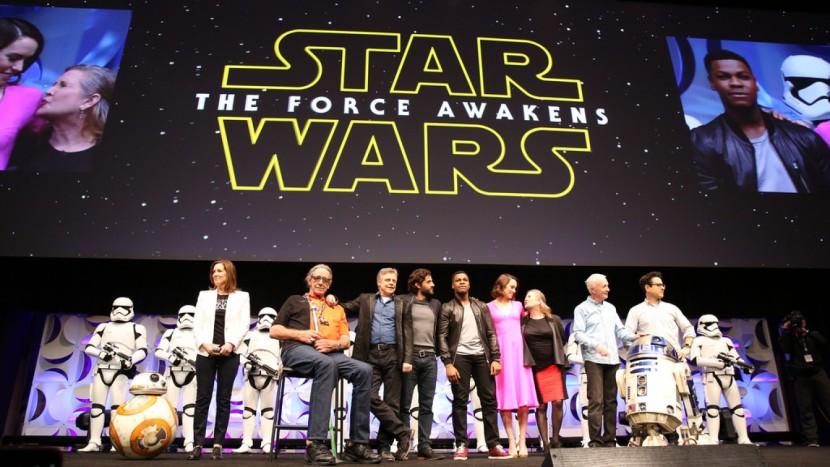 """Novo """"Star Wars"""" bate recorde e arrecada 238 milhões de dólares no fim de semana"""