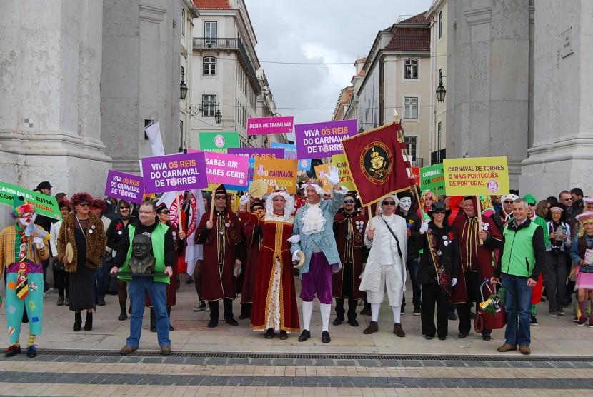 Uma centena de mascarados de Torres Vedras divulga Carnaval no sábado em Lisboa