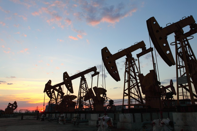 Petróleo barato e menos investimento abrandam crescimento de Moçambique - Consultora