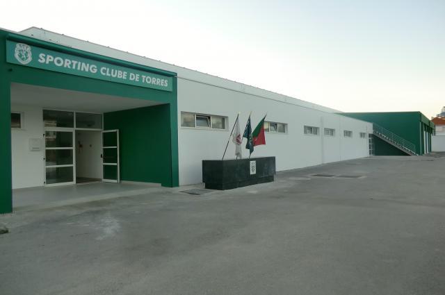 Pavilhão do SC Torres recebe o Sporting-Turquel em hóquei patins