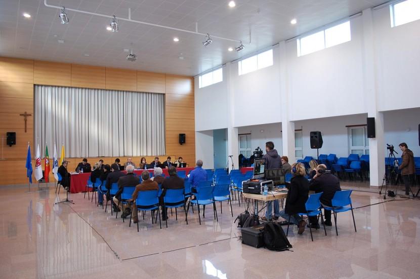 Salão Pastoral do Sobreiro Curvo acolheu Reunião de Câmara