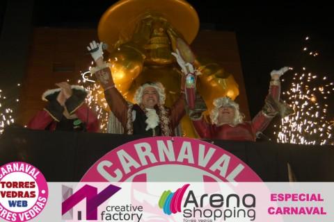 Reis do Carnaval de Torres Vedras recebem as chaves da cidade das mãos de Carlos Bernardes
