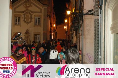 Carnaval de Torres: as ruas da cidade na noite dos torrienses
