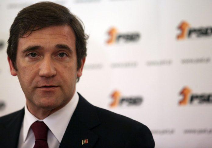 """Passos Coelho diz que aumento dos combustíveis """"não faz sentido"""""""