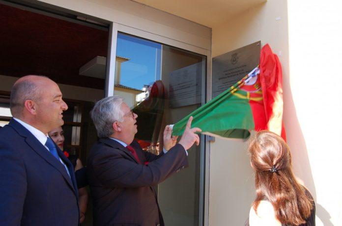 Inauguração da Biblioteca Municipal de Torres Vedras leva centenas de pessoas ao centro histórico da cidade