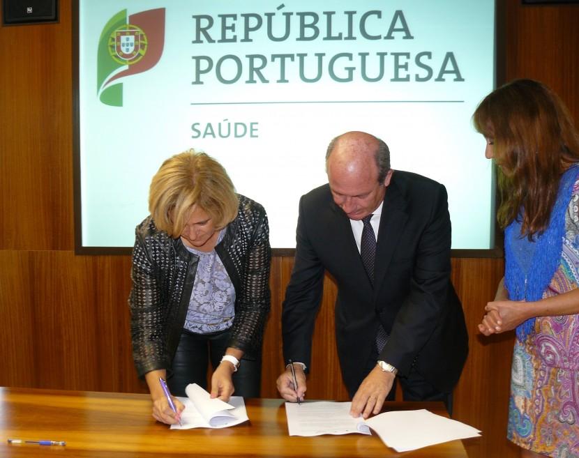 Centro Hospitalar do Oeste e Centro Hospitalar Lisboa Norte assinam acordo de afiliação nas especialidades de Psiquiatria e Telerradiologia
