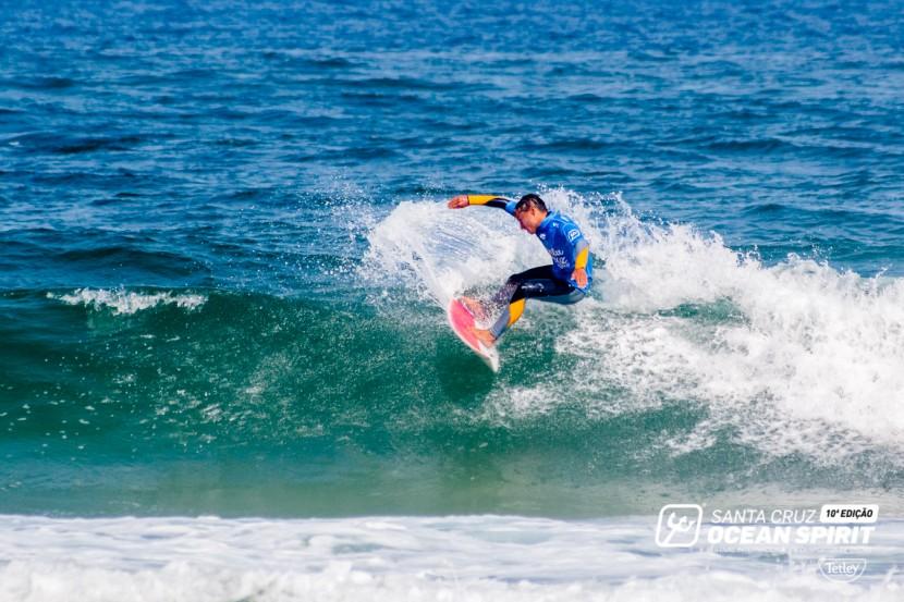 Santa Cruz Pro 2016 leva os melhores do surf à Praia do Mirante