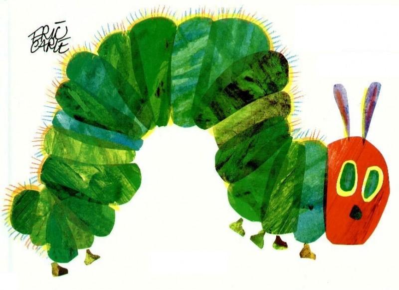 """""""A Lagartinha muito Comilona"""": leitura para bebés na Biblioteca Municipal"""