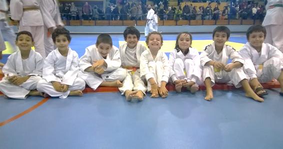 Judo: jovens da Física mostram qualidade