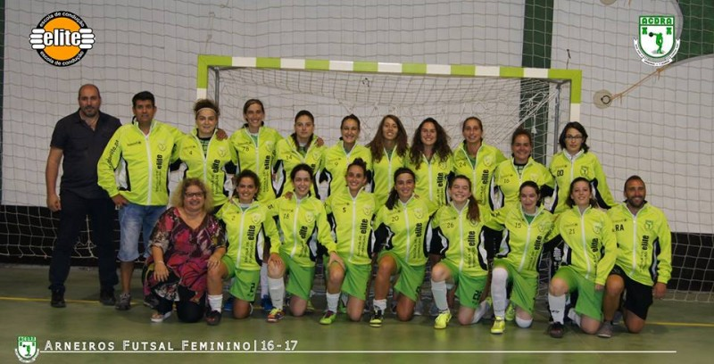 Equipa Feminina de Futsal dos Arneiros Joga para a Taça Nacional