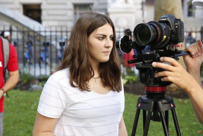 Sara Eustáquio vence prémio na Índia
