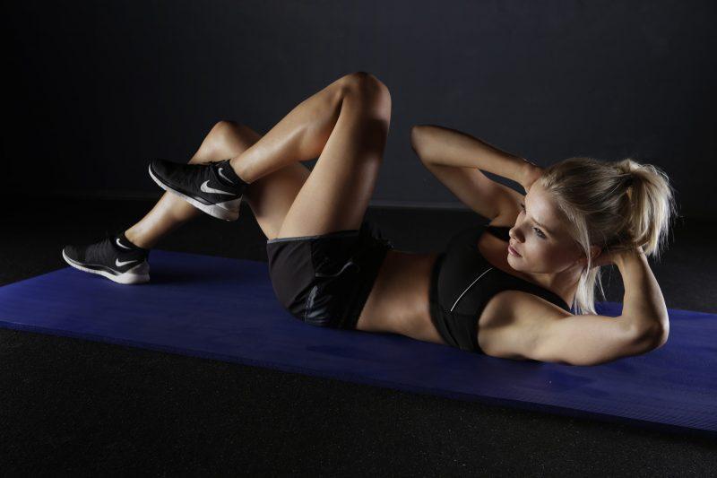 Horário de verão de sala exercício e saúde da física