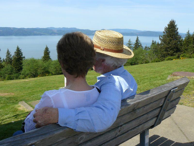 Como proteger os idosos de temperaturas extremas