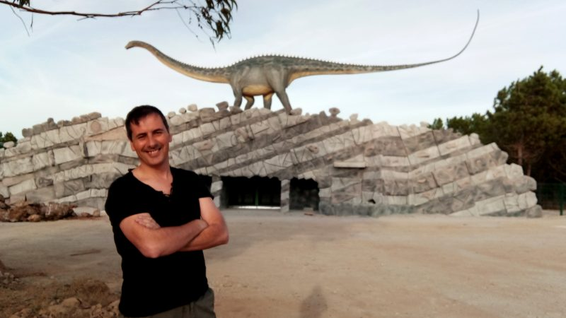 Simão Mateus é o Coordenador Científico do Dino Parque da Lourinhã