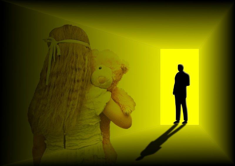 Menina vítima de abuso sexual em Torres Vedras