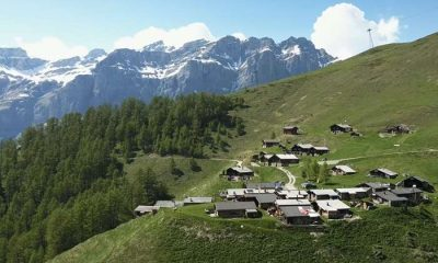 21 Mil euros por adulto e 8.600 por criança - Aldeia na Suiça procura moradores