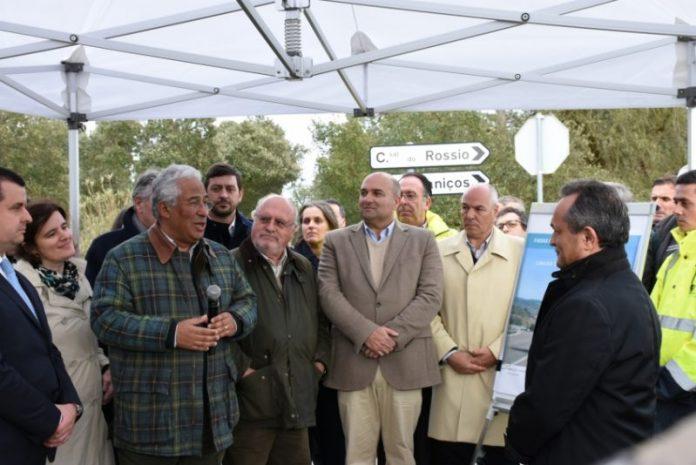 António Costa acompanhou limpeza de terrenos em Torres Vedras