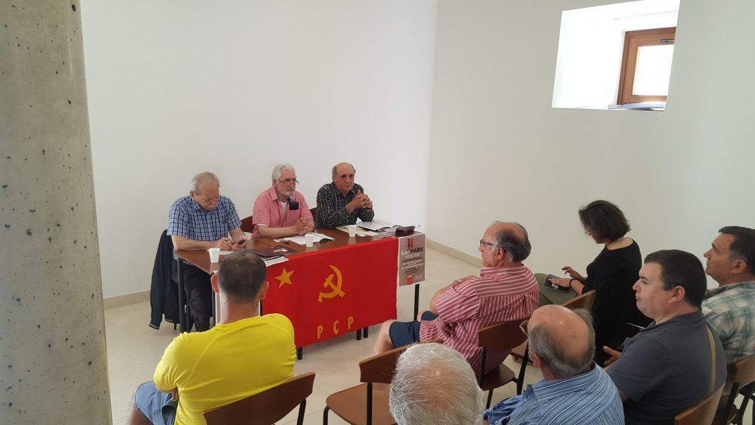 Pensamento deKarl Marx abordado em Torres Vedras
