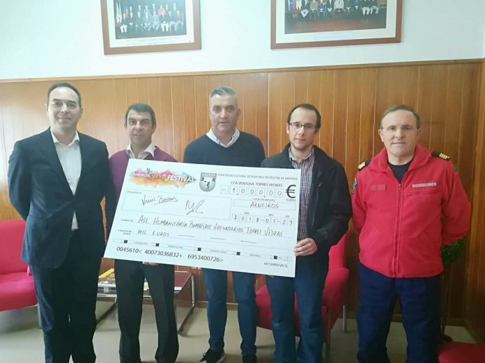 Bombeiros de TVjá receberam o respectivo valor da receita dos Arneiros Spring Festival