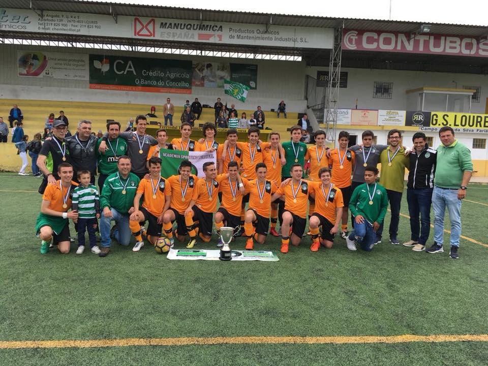 Escola Academia Sporting do Turcifal sagrou-se campeã da 2ª Divisão Distrital de Juniores B