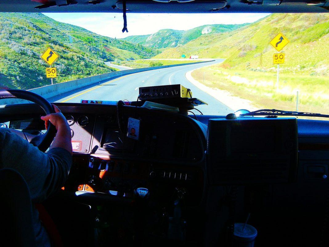 Município aposta numa via rápida da auto-estrada A8 até às freguesias da Silveira e A-dos-Cunhados