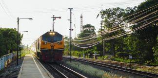 """Governo esclarece que concurso para modernização da linha do Oeste deverá """"ocorrer nos próximos meses"""""""
