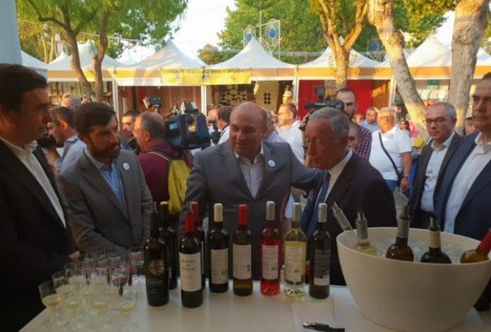 Presidente da República prova vinhos da Cidade Europeia do Vinho 2018 na Fatacil