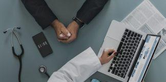 Pesquisa sintomas no Google? A partir de janeiro haverá plataformas com informação certificada
