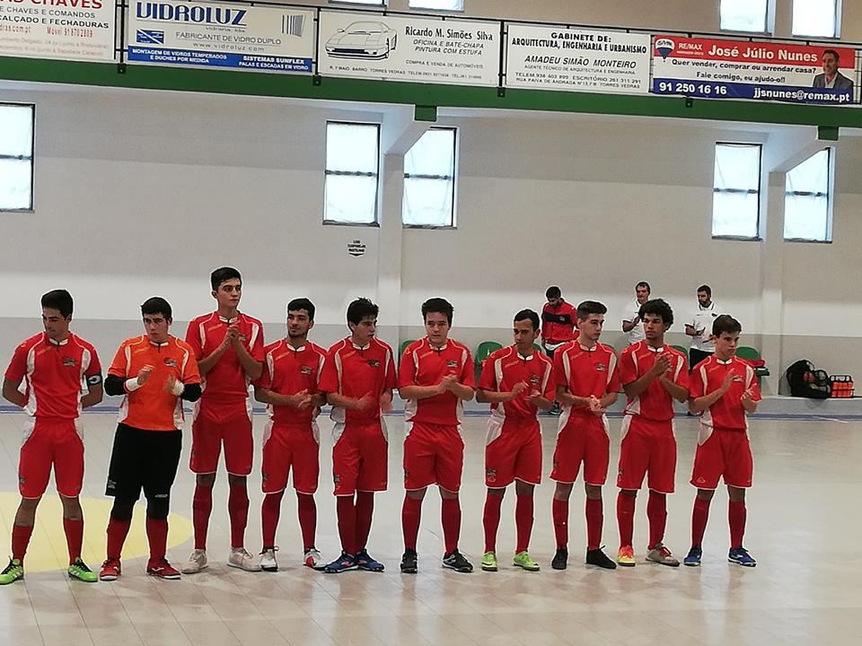 Juniores de futsal da Casa do Benfica de Torres Vedras vencem 3ª jornada do Campeonato
