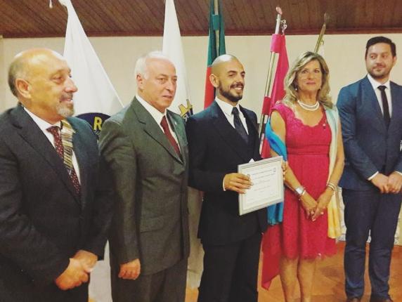 Atleta da Física Nuno Pinto recebe prémio