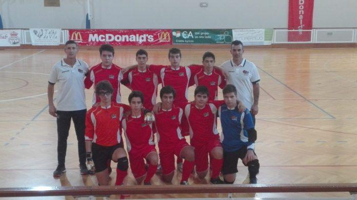 Juvenis da Casa do Benfica de Torres Vedras perdem na 2ª jornada do Campeonato Distrital Juniores B