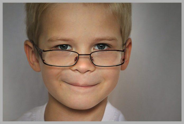 Crianças até dois anos sujeitas a rastreios visuais na região Oeste