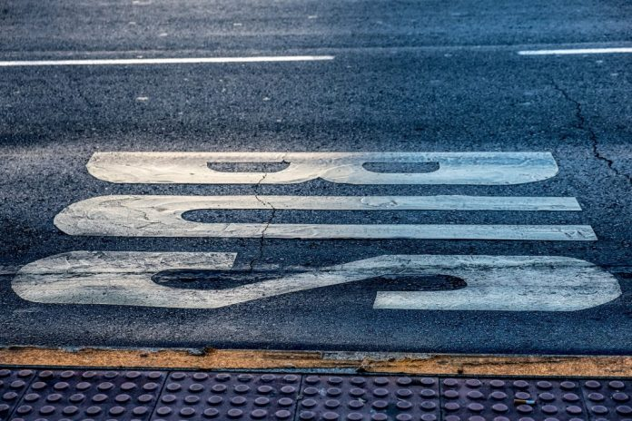 PSD/Oeste pede à CIM que esclareça junto do Governo passes nos transportes
