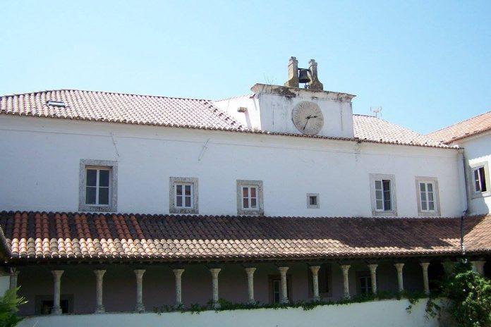 Relógio do Convento do Varatojo