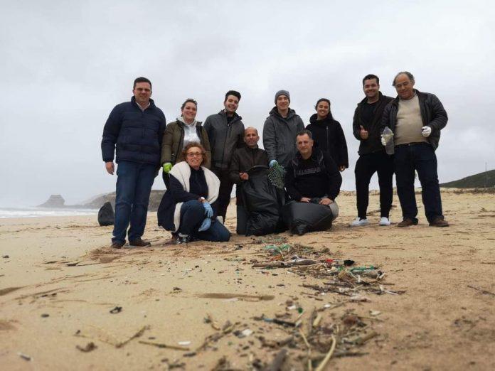 Juventude Popular de Torres Vedras organizou tarde de voluntariado