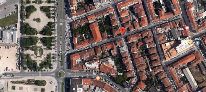 Corte de trânsito na Rua Álvaro Galrão