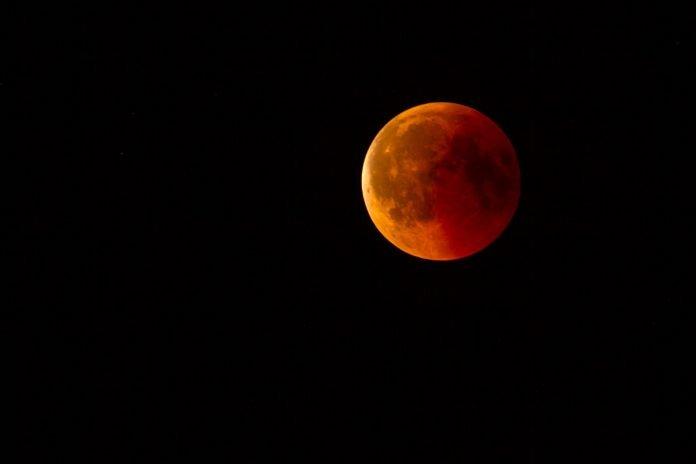 Vem aí um eclipse lunar total no momento em que a lua está mais perto da Terra