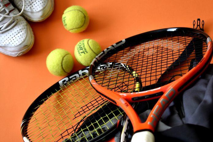 Gastão Elias na segunda ronda do torneio de ténis de Columbus