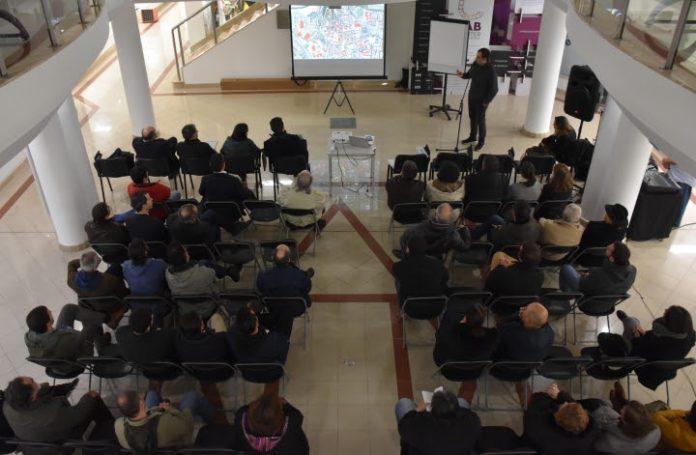 Sessão de participação discutiu futuro da Praça Machado dos Santos